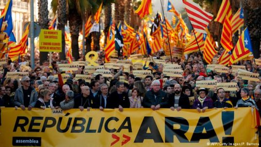 Spain Catalans march